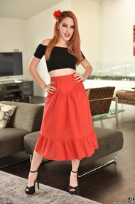 Hot Redhead Babe Amarna Miller Strips And Spreads - 00