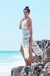 Shanina Shaik Topless Seaside - 11