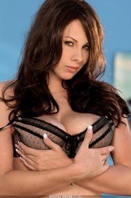 Gianna Michaels - 02