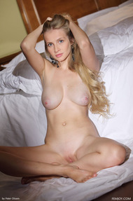 Busty Penelope Nude On The Bed - 13