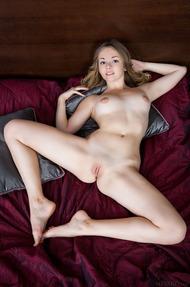 Stunning Jeff Milton lies on her bed - 10