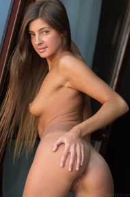 Hot Assed Russian Girl Melena Gets Naked - 05