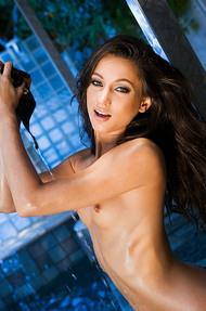 Georgia Jones dripping wet body - 04