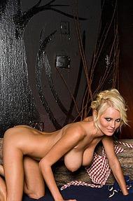 Hannah Hilton stripping - 08