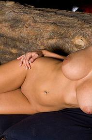 Hannah Hilton stripping - 12