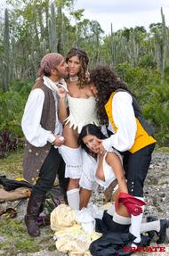 Robinson Crusoe On Sin Island - 13