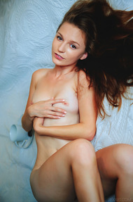 Sexy Ukrainian brunette Sofi Shane - 12