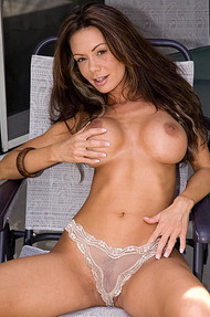 Crissy Moran Is Hot Again - 09