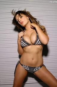 Nikki Campen Big Tits - 03