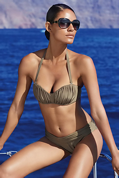 Emanuela De Paula Bikini
