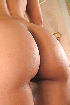 Reena Sky Perfect Body