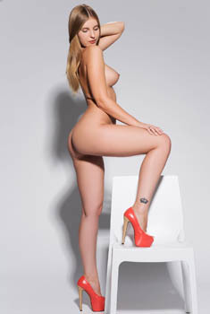 Nastasy Nude In The Studio