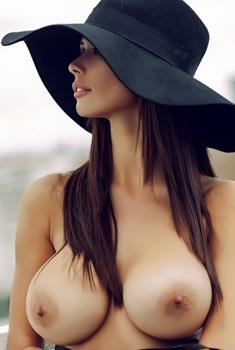 Long Legged Bilyana Evgenieva Is Hot Beyond Belief