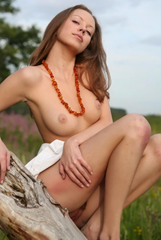 Real Natural Beauty Nata Posing Outdoor