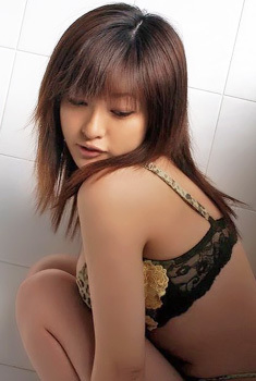 Cute Asian Babe Kitty Wanna Pleasuring You