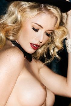 Blonde Model Carly Lauren