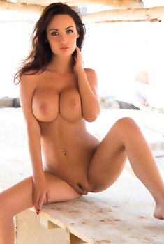 Adrienn Levai Shows Her Nice Pussy On Pictures