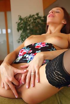 Ida Booty Nice And Sexy