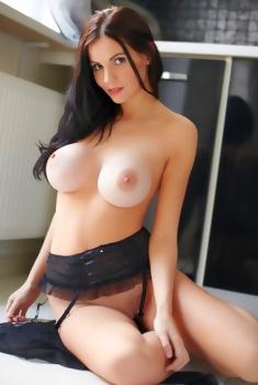 Eliana Nude Gallery