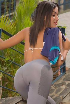 Camila Saint Sport Body