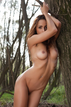 Rebeca Is Nude In Nature