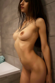 Sizzling Hot Model In The Bathroom